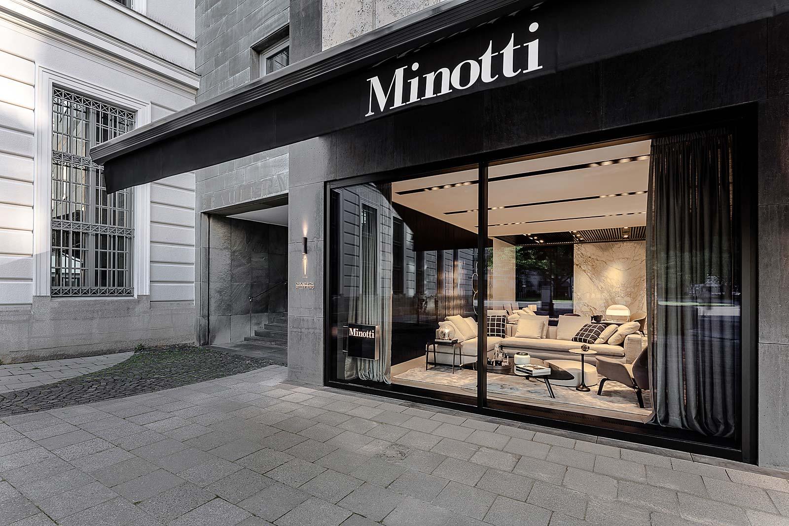 Architekturfotograf, Schaufenster Minotti Store in München, Architekturfotograf