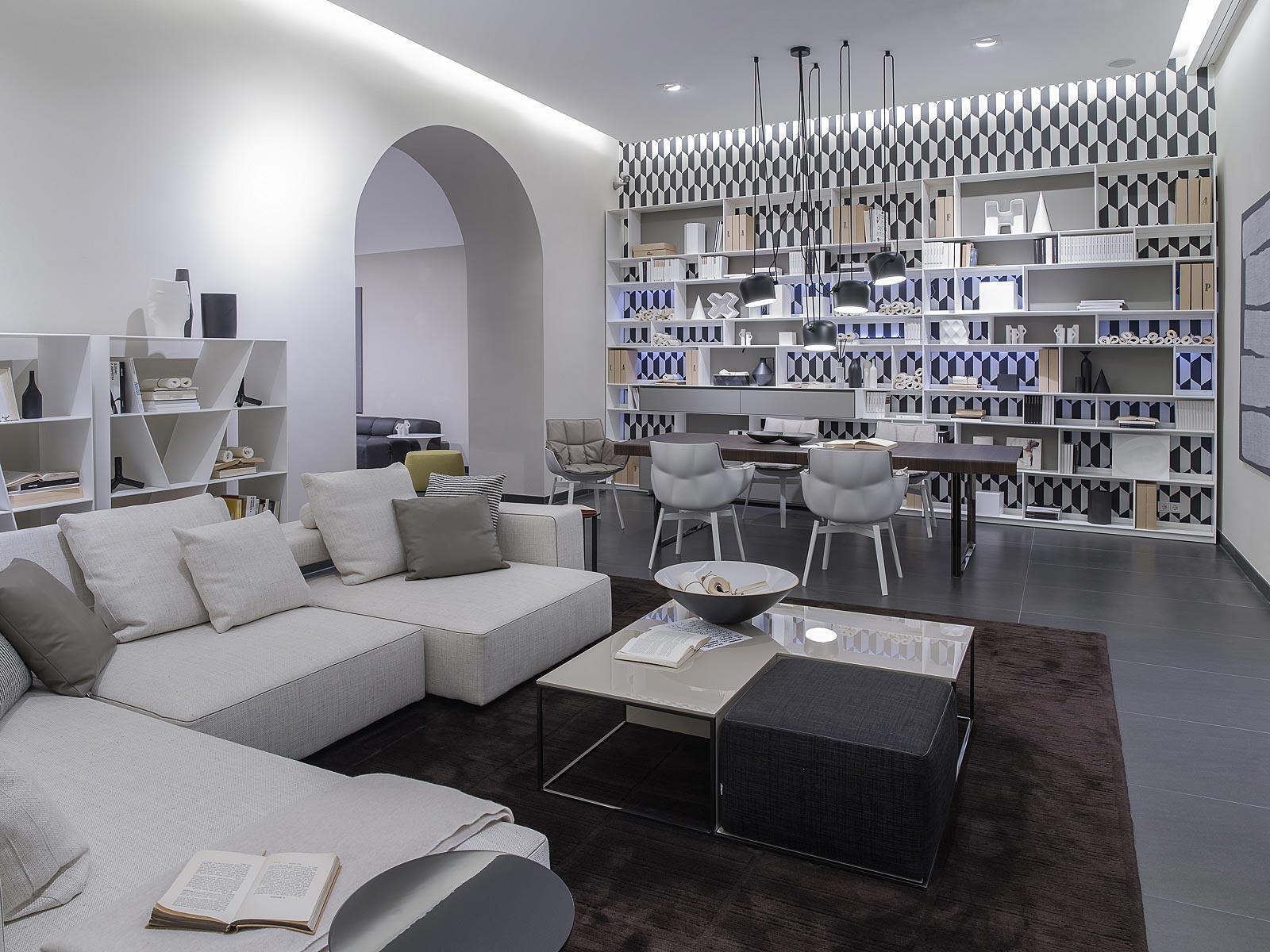 Fasching Spätauf, Poliform, Varenna Küchen, Minotti, Fotos von Interior im Showroom in Wien