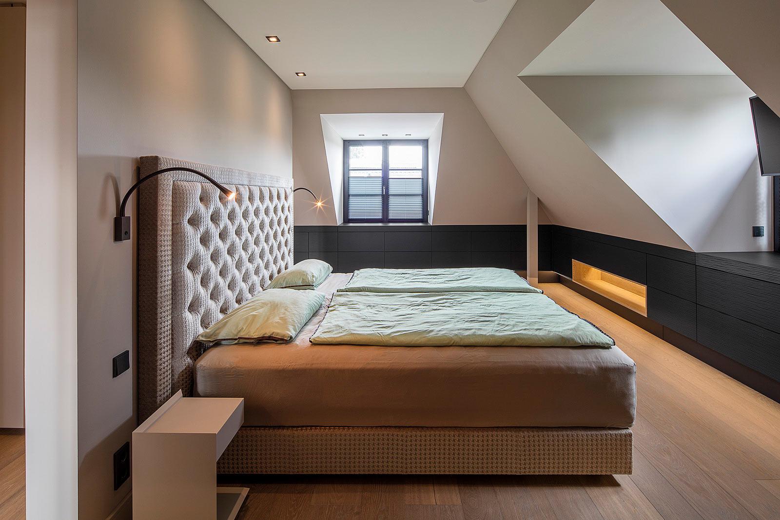 Architekturfotografie Innenraum, Architektur und Interieur Fotograf, Schlafzimmer mit Einbauschränken, Interior