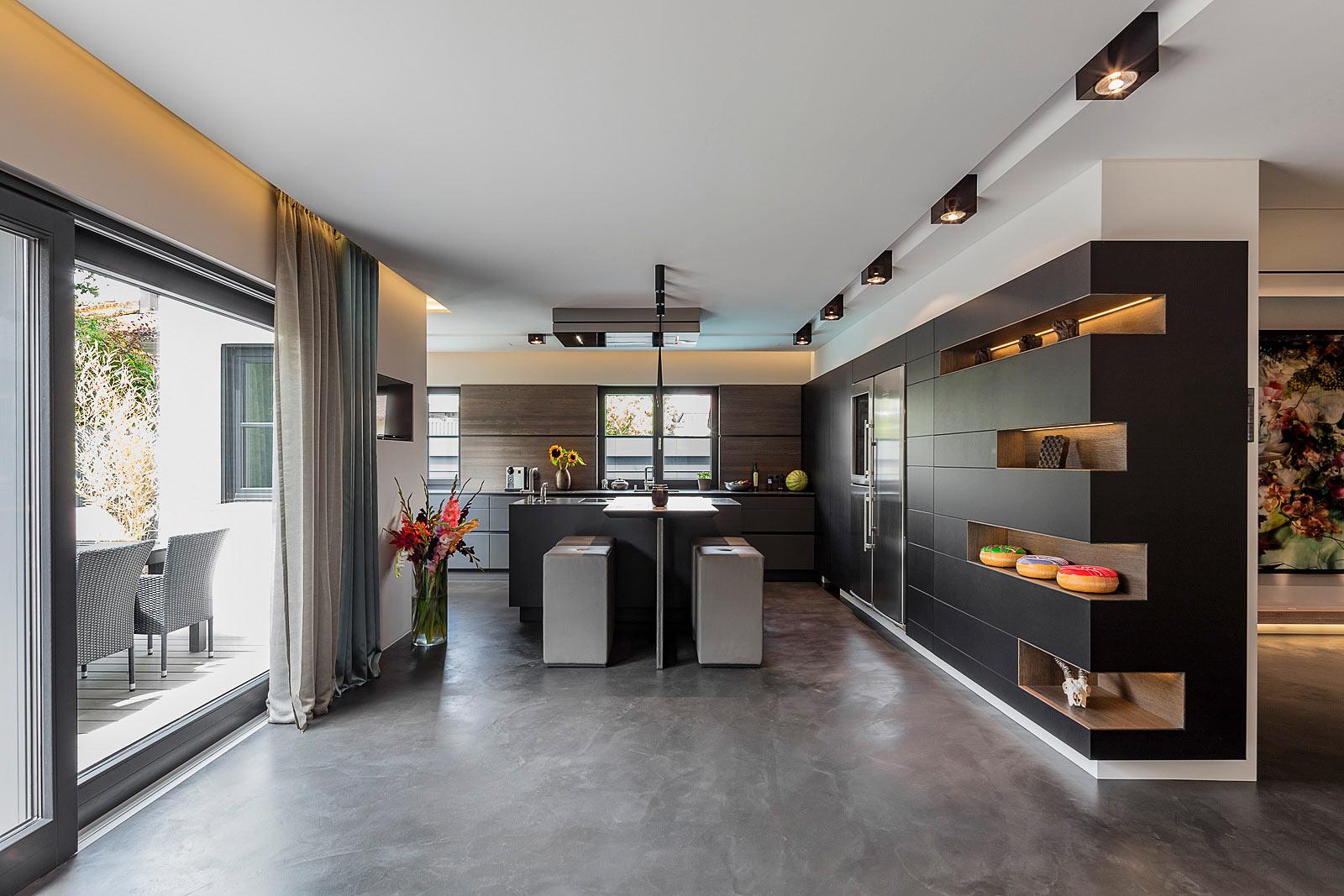 Architekturfotografie Innenraum, Interior, Küche mit high eating Berreich,