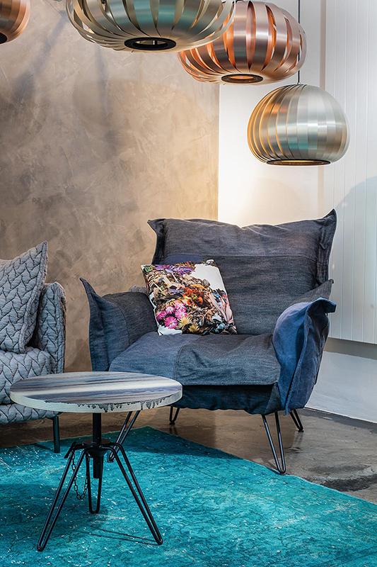 Architektur und Innenarchitektur Fotograf, das neue Formdepot in Wien, Sessel von Moroso